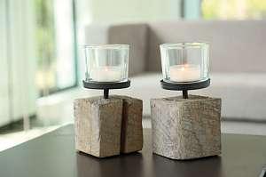 Windlicht op houten blok (h20cm)